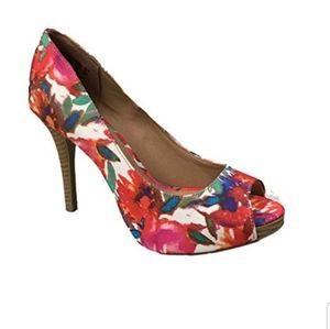 Size 13 Christian Siriano heels